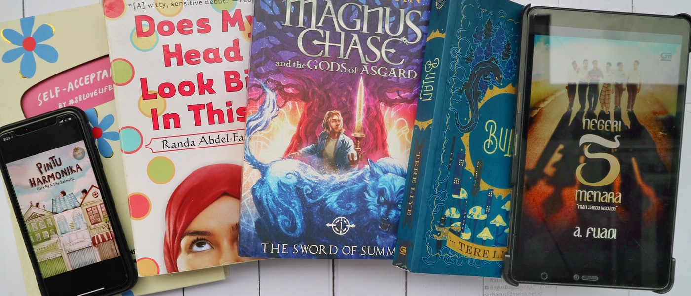 10 Buku Bacaan yang Wajib Dimiliki Remaja Rekomendasi Parenting Blogger Alfa Kurnia