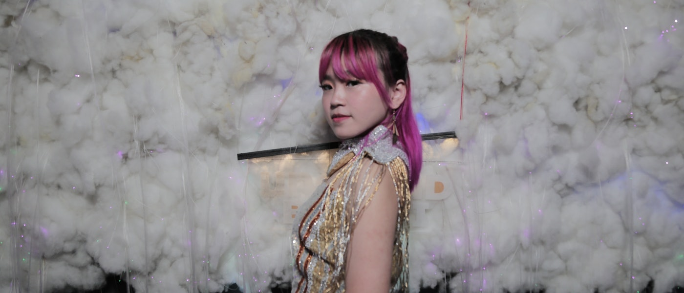 7 Rekomendasi Eyeshadow dan Blush yang Dipakai Makeup Artist Idol K-pop
