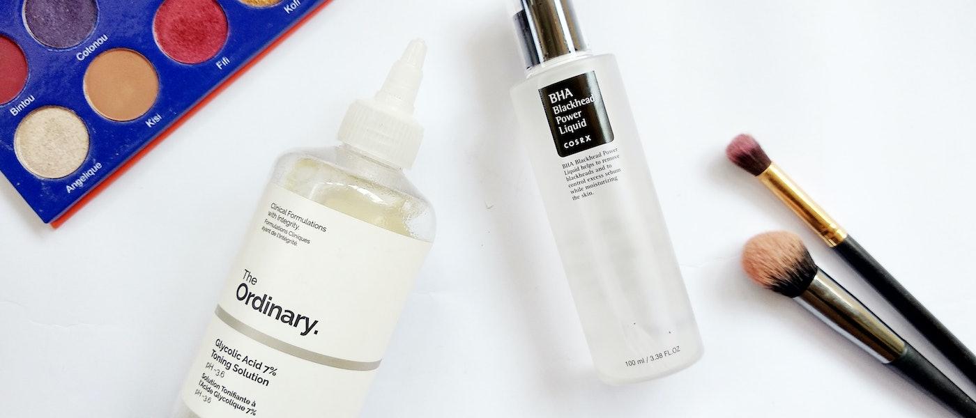 10 Chemical Exfoliants untuk Kulit Kering dan Berjerawat Rekomendasi Beauty Blogger Cyanophyta