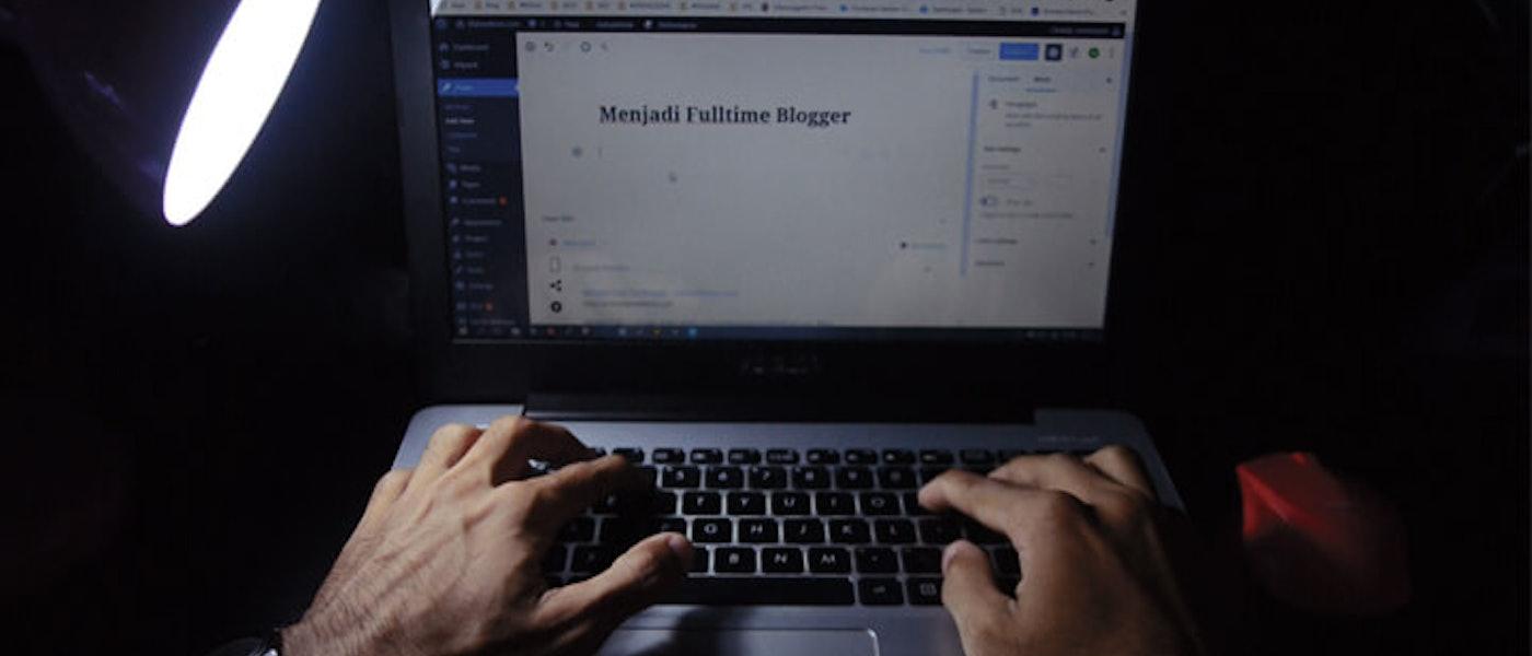 7 Peralatan yang Wajib Dimiliki Seorang Content Writer Rekomendasi Full Time Blogger Virmansyah