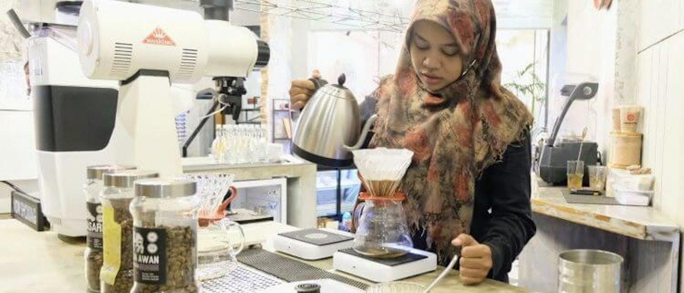 8 Produk Pilihan untuk Membuat Minuman Ala Kafe di Rumah Rekomendasi Home Brewer Aqied