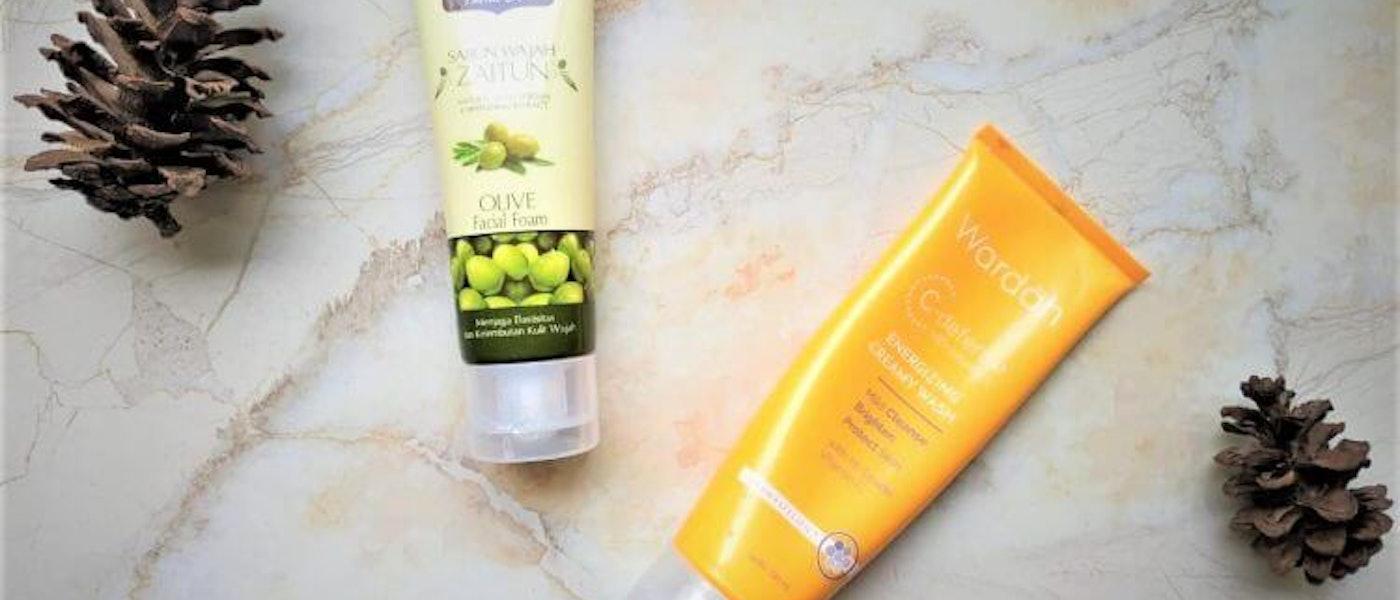 7 Rekomendasi Facial Wash Untuk Kulit Kering Mybest