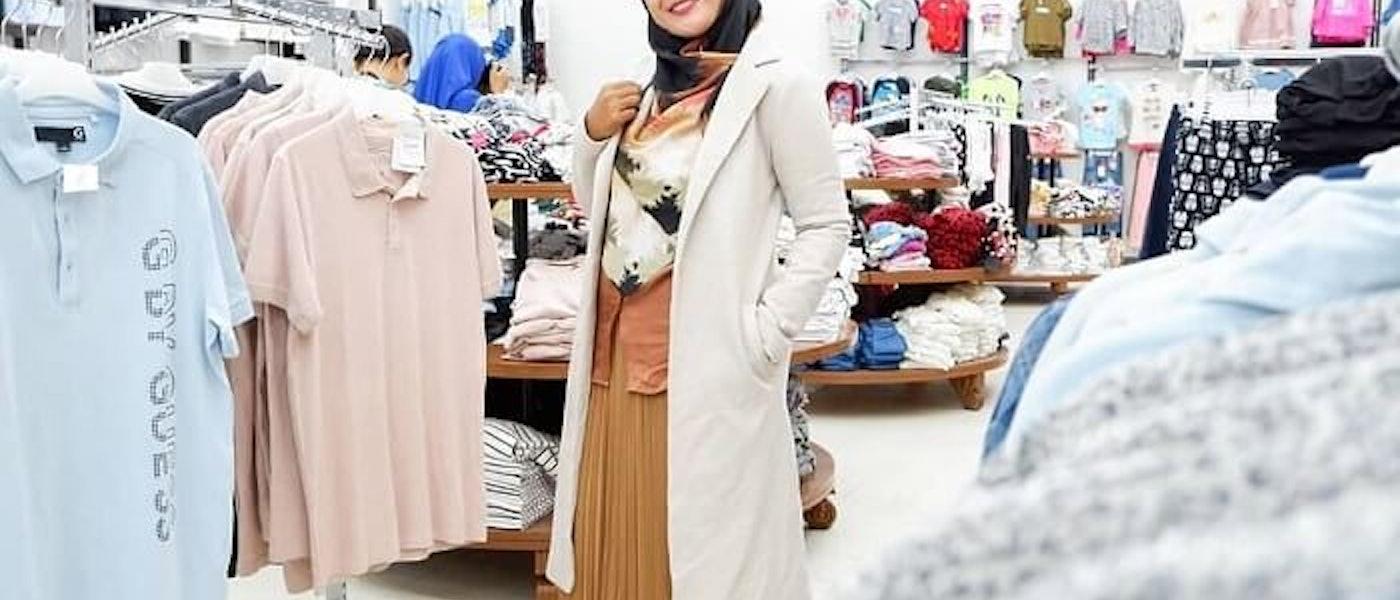 Tetap Fashionable Walau Berhijab Syar'i? Simak 7 Fashion Item yang Harus Kamu Miliki Rekomendasi Lifestyle Blogger Novitania