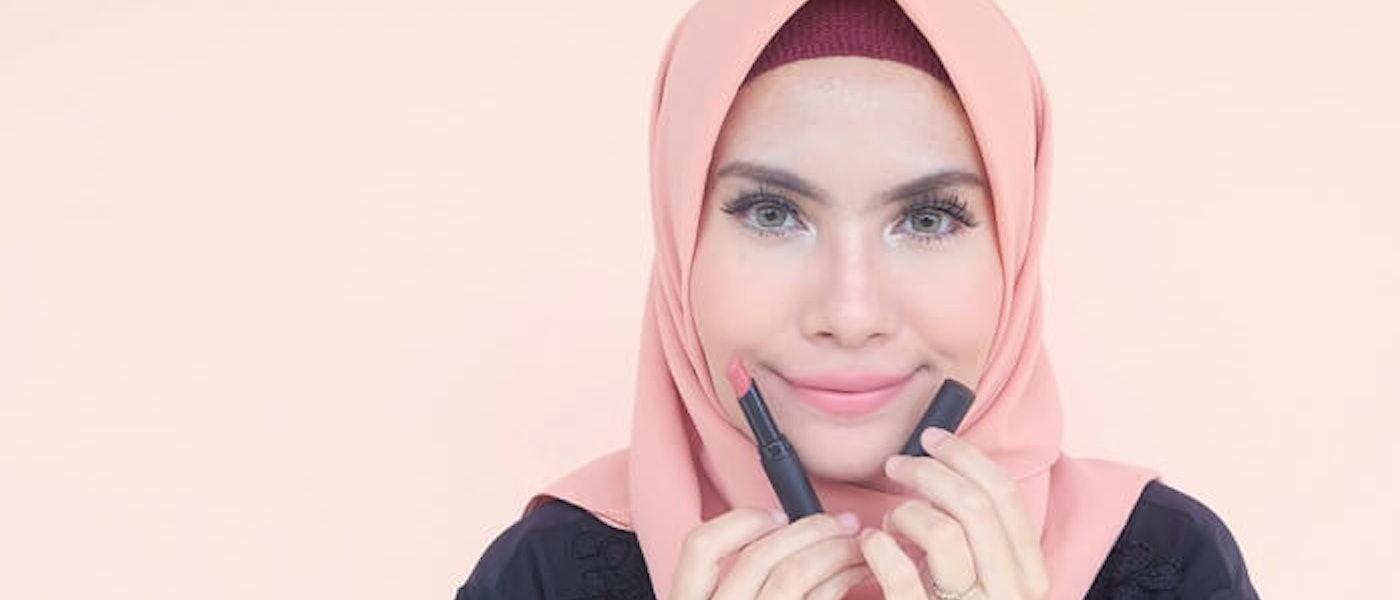 7 Rekomendasi Lipstik Warna Nude