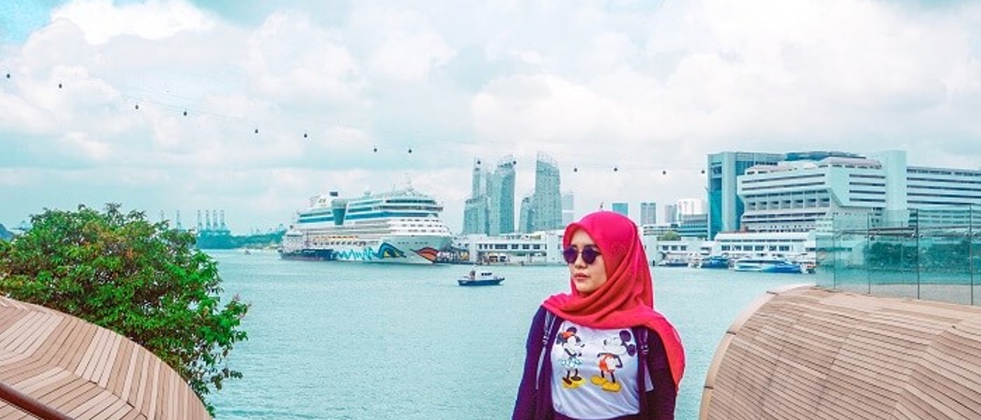 7 Jenis Outfit yang Nyaman Dipakai Saat Traveling Rekomendasi Lifestyle Blogger Larasatinesa