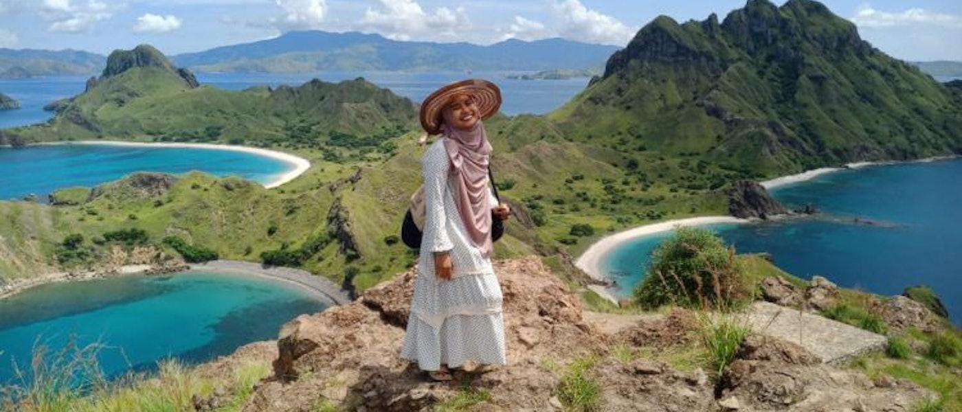 8 Pilihan Outfit untuk Muslimah Traveller Rekomendasi Travel Blogger Grandys Sofia