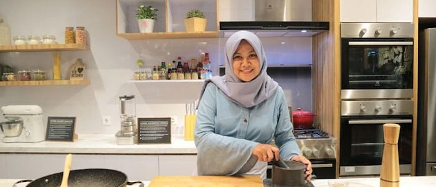 7 Perlengkapan Dapur untuk yang Baru Belajar Masak Rekomendasi Food Blogger Yesi Intasari