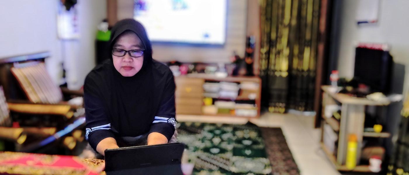 10 Peralatan Pendukung untuk Seorang Blogger Rekomendasi Lifestyle Blogger Yuni Handono