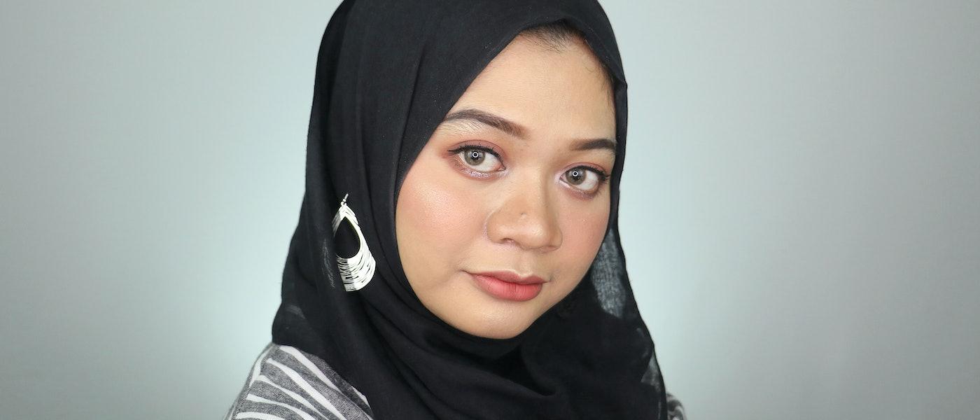 10 Produk Kosmetik Lokal untuk Pemula Rekomendasi Beauty Blogger Gadis Permatasari Sidiq