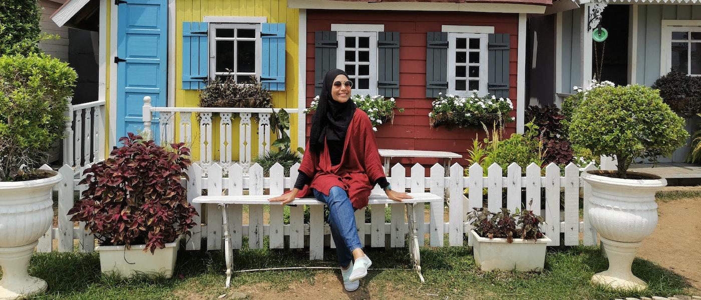 8 Outwear Hijab yang Nyaman Dipakai Saat Travelling Rekomendasi Travel Blogger Sulung Siti Hanum
