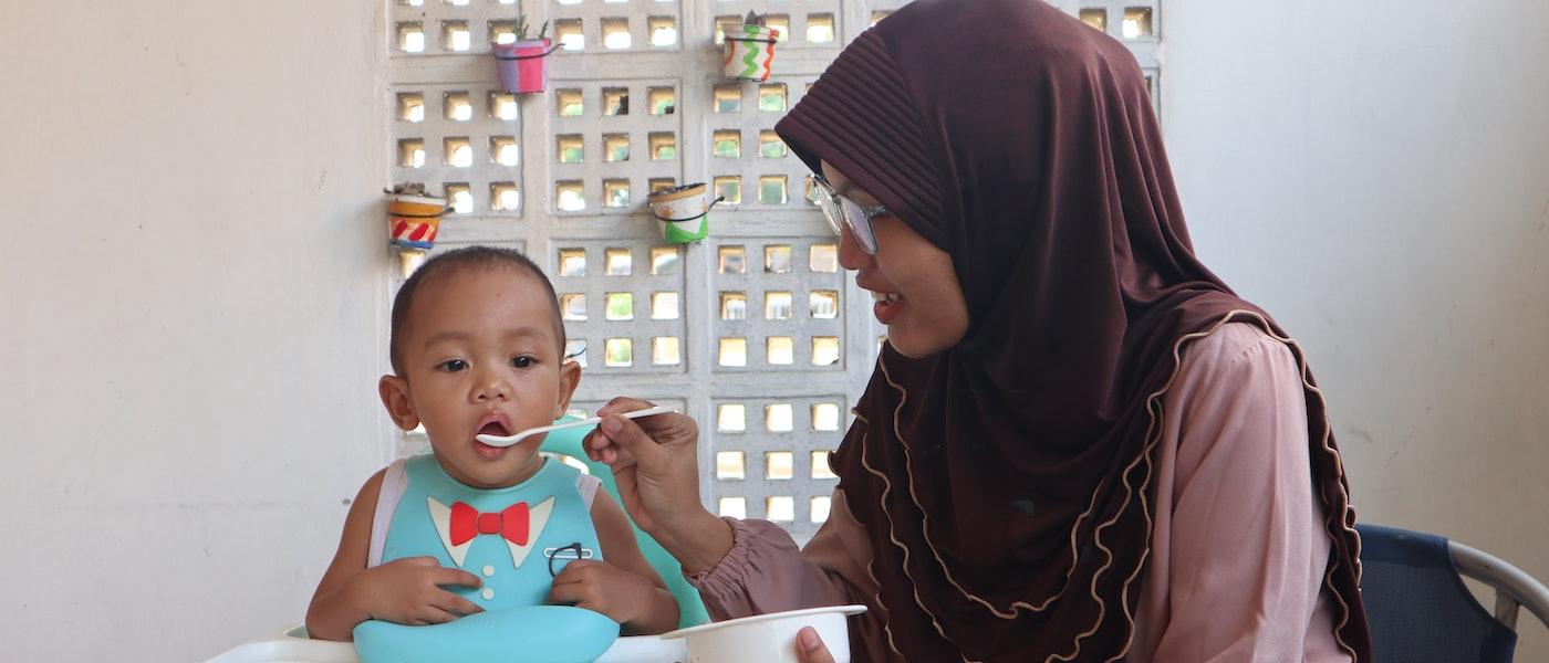 8 Perlengkapan Makan Jelang MPASI Rekomendasi Lifestyle Blogger Ratna Dewi