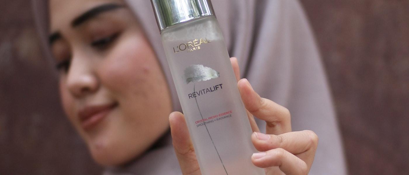 8 Produk Skincare yang Ampuh untuk Menghilangkan Bekas Jerawat Lama Rekomendasi Beauty Blogger Via DS
