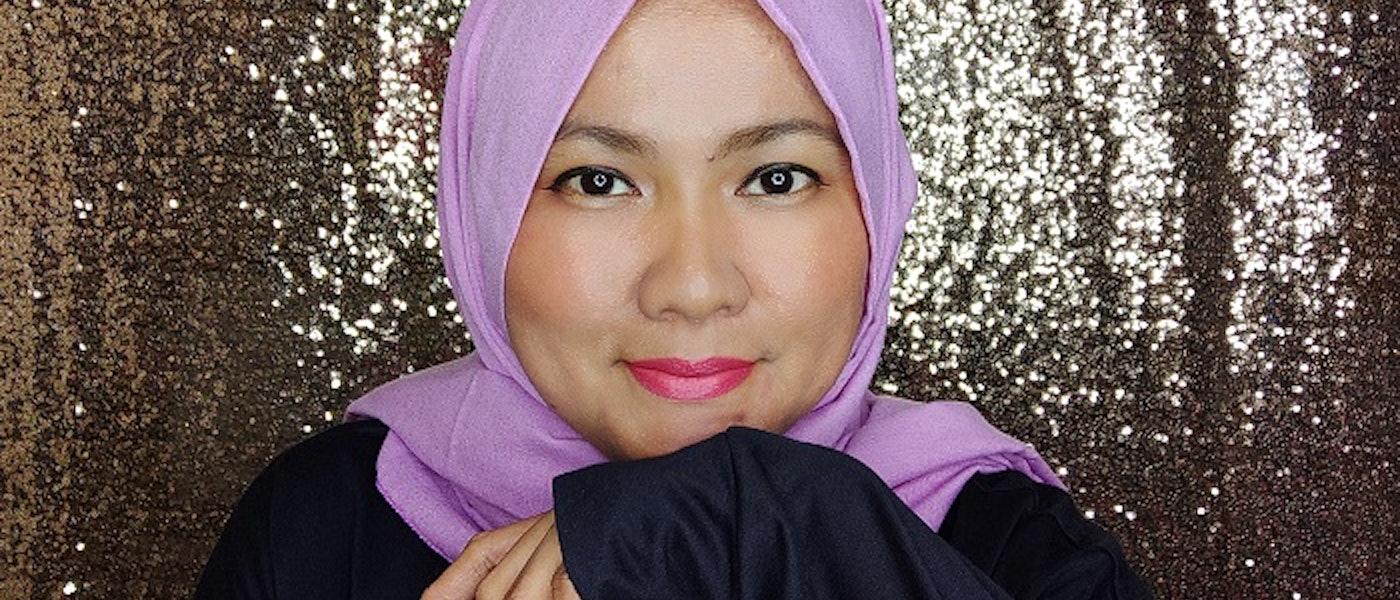 7 Produk Eyeliner Tahan Lama Rekomendasi Lifestyle Blogger Dewi Sulistiawaty