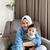 Ibu dan Anak: 7 Produk Penambah ASI Rekomendasi Riskha Fairunissa