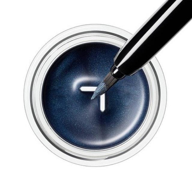 SHISEIDO Waterproof Gel Inkstroke Eyeliner 1