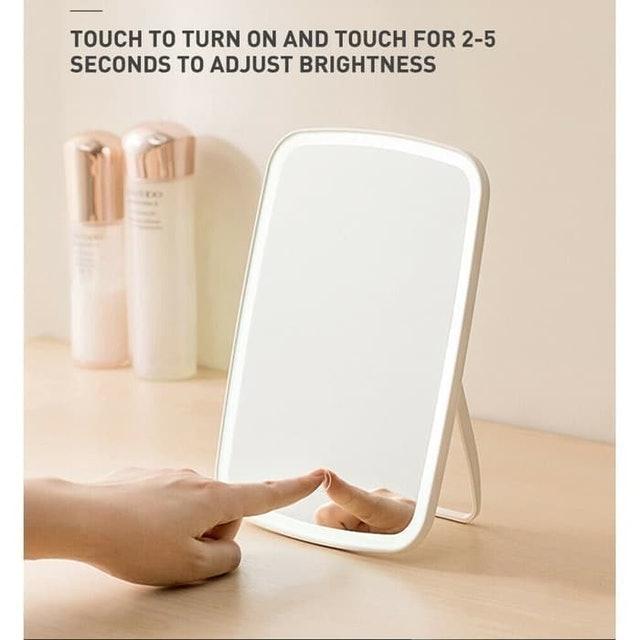 Xiaomi  Jordan & Judy Touch Sensitive Makeup Mirror LED Light 1
