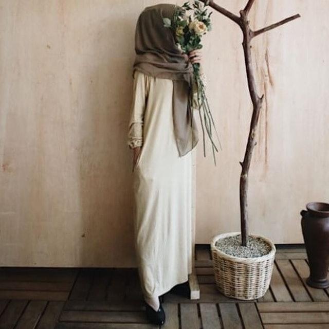 Swifter  Aila Dress 1