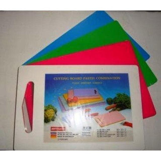 Nagata Cutting Board Pastel Combination 1