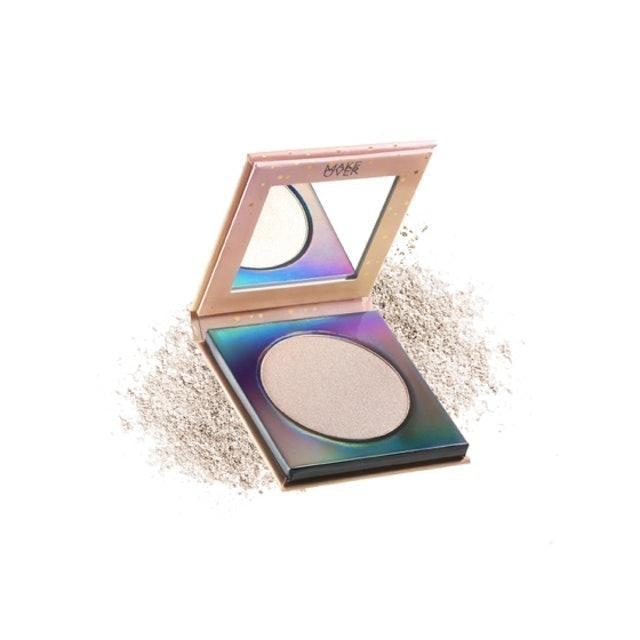 Make Over Riche Glow Face Highlighter 1