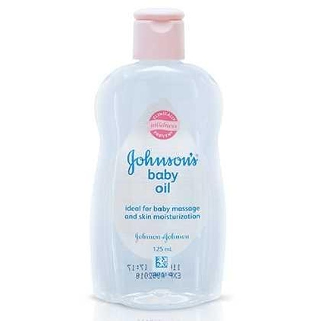 Johnson`s  Baby Oil  1