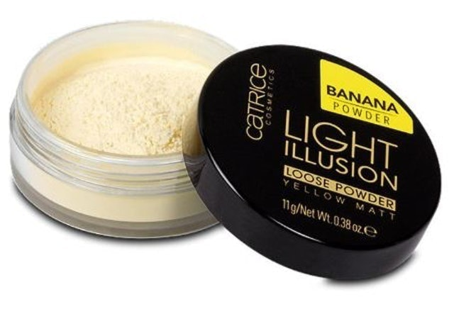 Catrice Light Illusion Loose Powder  1