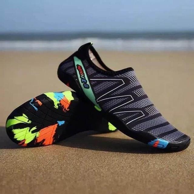 Stoureg Sepatu Pantai Olahraga Air 1