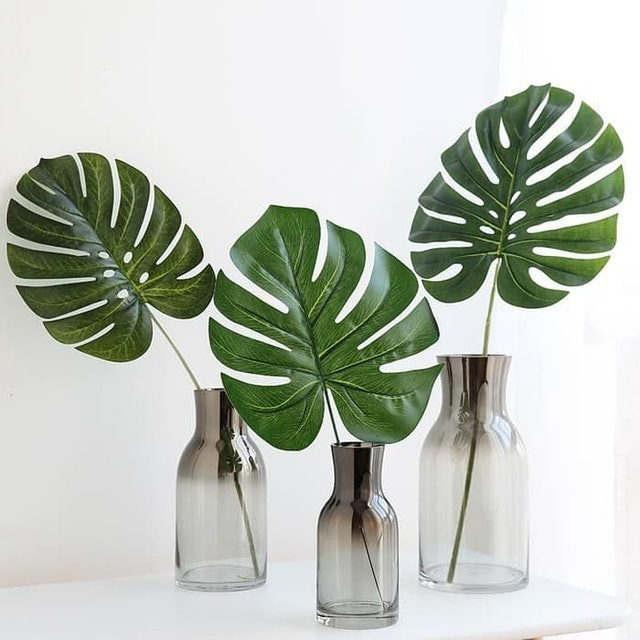 Daun Monstera Tropical Sintetis 1