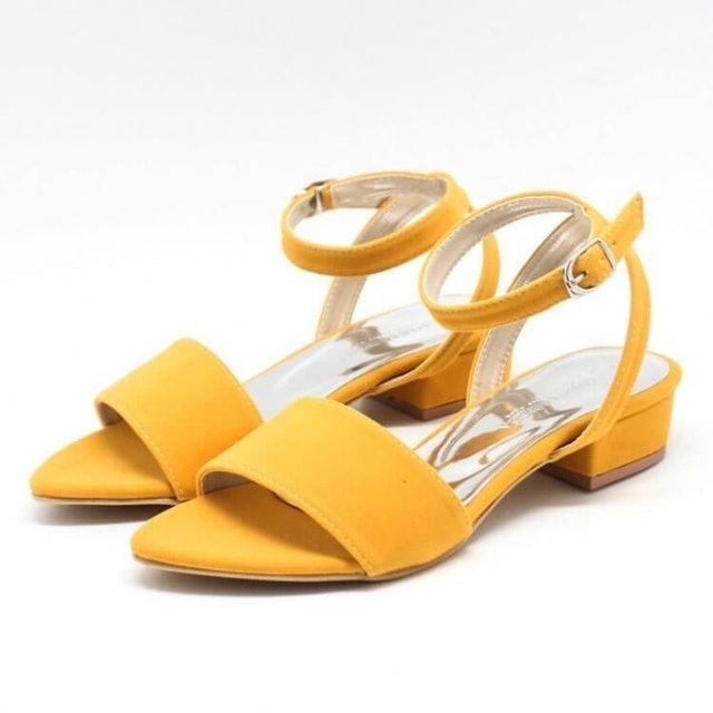 Lollo & Brigida  Tathia Mustard Heels 1