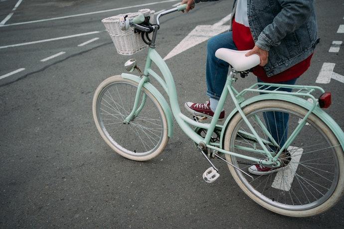 Sesuaikan ukuran ban dengan pengendara sepeda