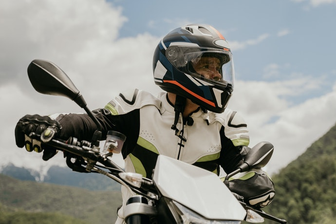 Full face, untuk para pengendara motor sport