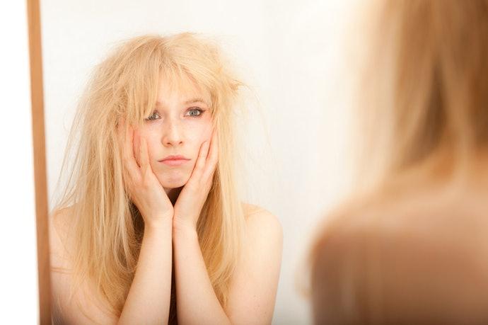 Minyak alami, melembapkan rambut kering dan sulit diatur