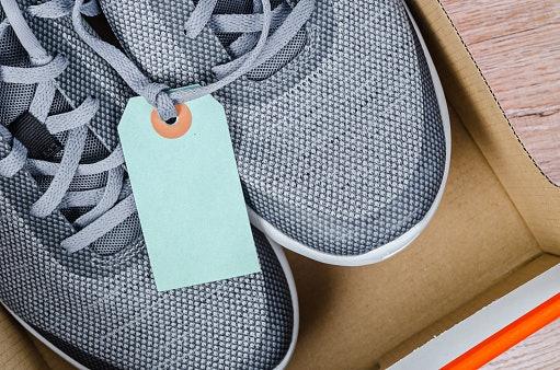Kenali ciri-ciri sepatu DC original dan palsu