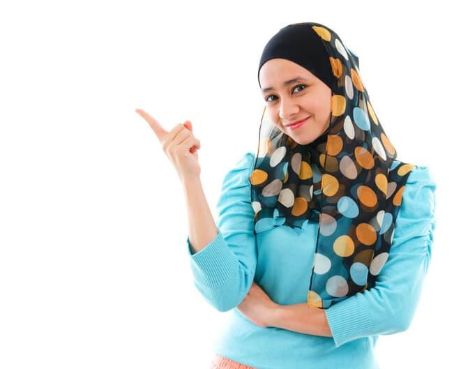 Pilih bahan inner hijab yang sejuk di kepala