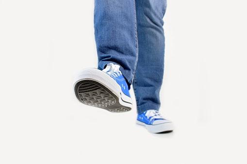 Midsole, mendukung kenyamanan dan kekuatan kaki saat bergerak