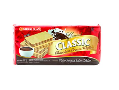 Wafer, biskuit berlapis yang dipisahkan oleh krim