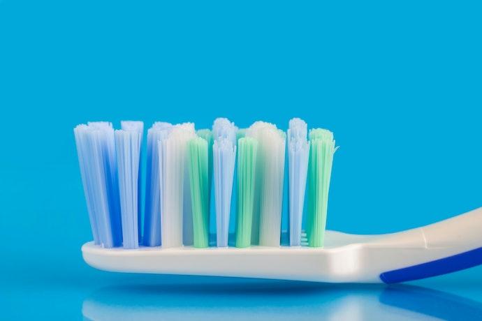 Ketahui bentuk ujung bulu sikat gigi