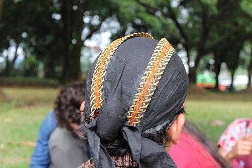 Blangkon Jawa Tengah, simbol kesederhanaan dan kebijaksanaan