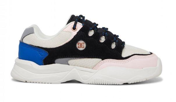 Decel, sneakers dengan warna berani