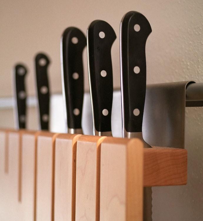 Tipe yang dipasang di dalam lemari dapur