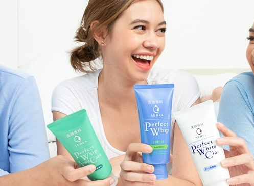 Facial wash, bersihkan wajah dengan busa lembut
