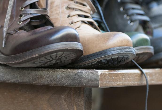 Pilih rak sepatu dengan sirkulasi udara yang baik