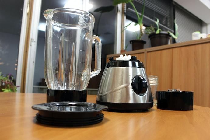 Pertimbangkan kemudahan membersihkan blender