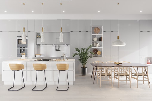 Kursi bar dan kursi makan, buat area ruang makan dan dapur jadi stylish