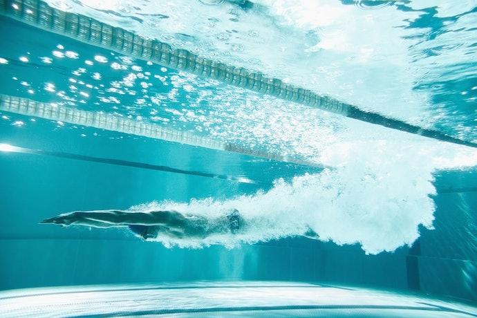 Briefs, tidak membatasi pergerakan Anda ketika berenang