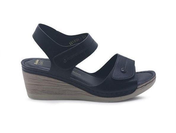 Wedges, sepatu hak dengan daya topang yang lebih besar