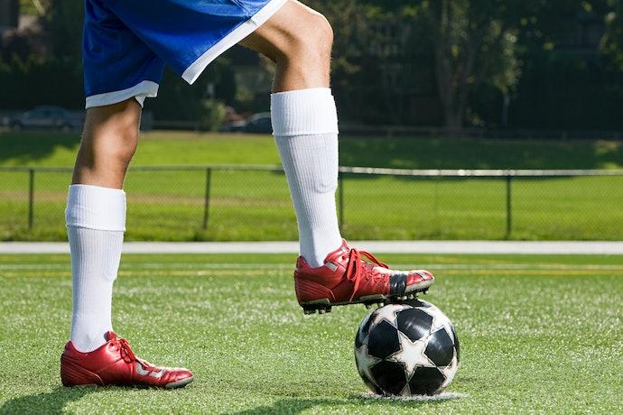 Kaos kaki panjang di atas betis: Paling standard dan digunakan banyak atlet