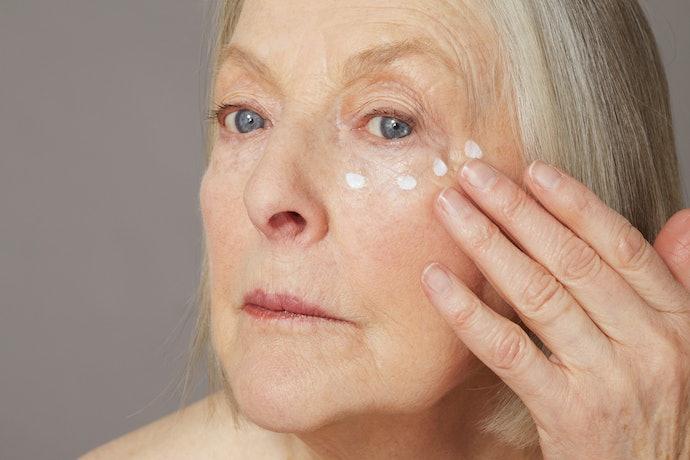 Muncul tanda-tanda penuaan, pilih yang mengandung anti-aging