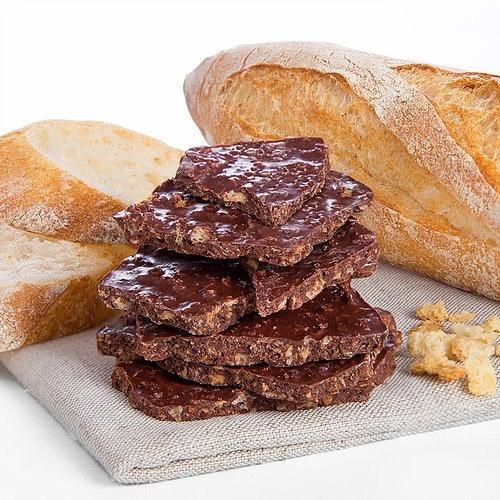 Chocolate bark, blinkies, dan chocolate nibs, campuran cokelat dengan bahan menarik lainnya