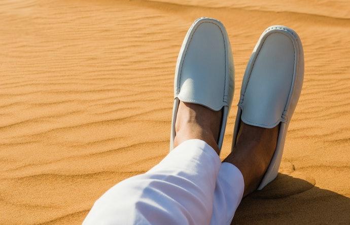 Slip on, mudah dilepas dan dipakai tanpa ribet