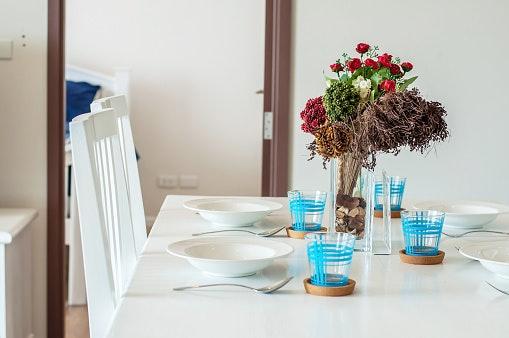 Tanaman bunga, cocok jadi hiasan sudut ruang tamu yang terkena sinar matahari